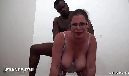 हाथ से लड़की. सेक्सी मूवी फुल वीडियो एचडी