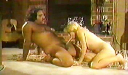 छोटे स्तन के फुल सेक्सी मूवी एचडी साथ सेक्स की मालिश ।