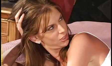 माँ सिखाया इंग्लिश सेक्सी वीडियो एचडी फुल मूवी और युवा सेक्स.
