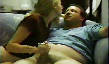 मूत्र पैसे सेक्सी वीडियो फुल मूवी एचडी की तलाश में कूनी के बाद उसके कौमार्य खो देता है.