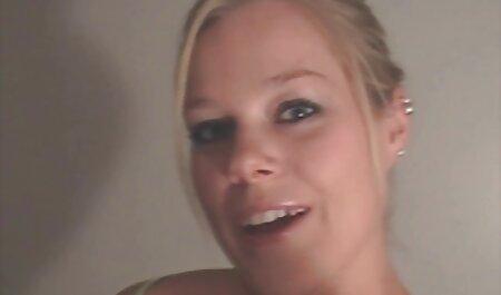 एक औरत सेक्सी वीडियो सेक्सी वीडियो फुल मूवी एचडी के कमरे में सेक्स की वजह से गोली मार दी थी.