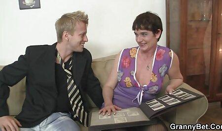 एक फुल एचडी बीएफ सेक्सी मूवी झटका नौकरी के लिए छात्रों, और प्यार करना.