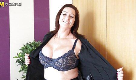 एक डॉक्टर जीभ के साथ एक गोरा परख इंग्लिश सेक्सी वीडियो एचडी फुल मूवी होती है ।