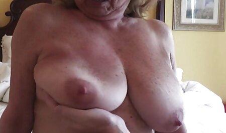 एक औरत के साथ एक आदमी. सेक्सी वीडियो फुल मूवी एचडी